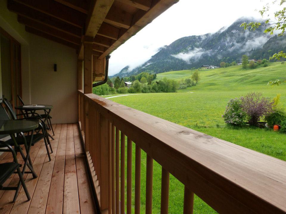 Name:  SchlossBlick Hotel near Kufstein, Austria599462_10151643354386171_1357125858_n.jpg Views: 2325 Size:  101.0 KB