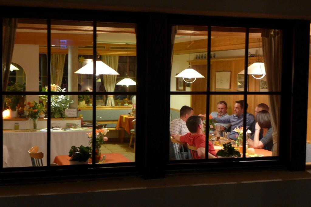 Name:  SchlossBlick Hotel near Kufstein, AustriaP1000936.jpg Views: 2304 Size:  150.4 KB