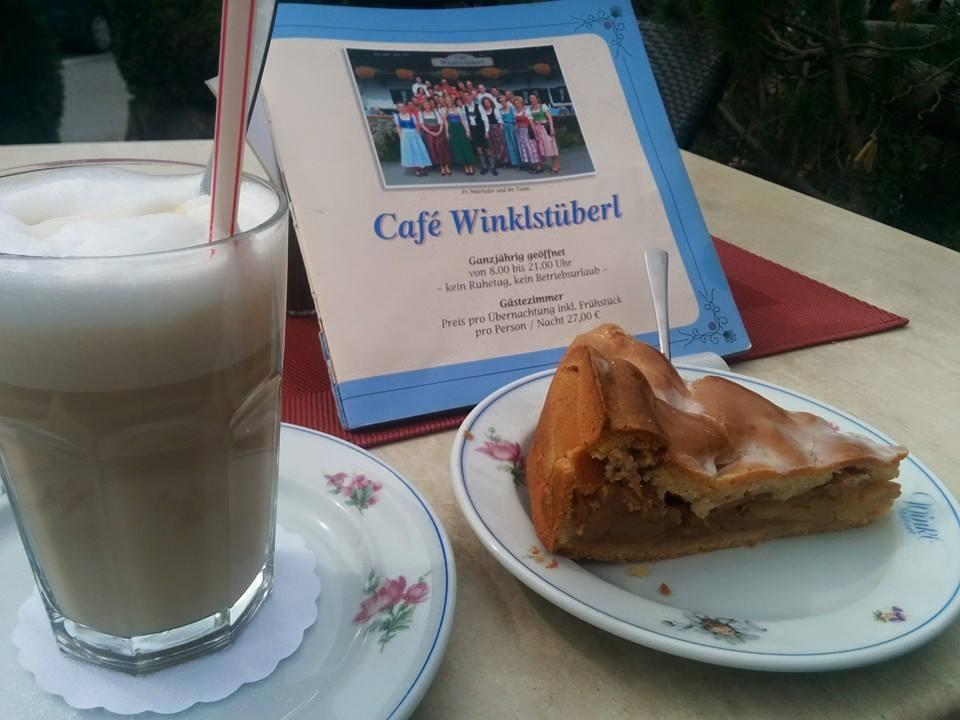 Name:  Winklstüberl.jpg Views: 1820 Size:  67.5 KB
