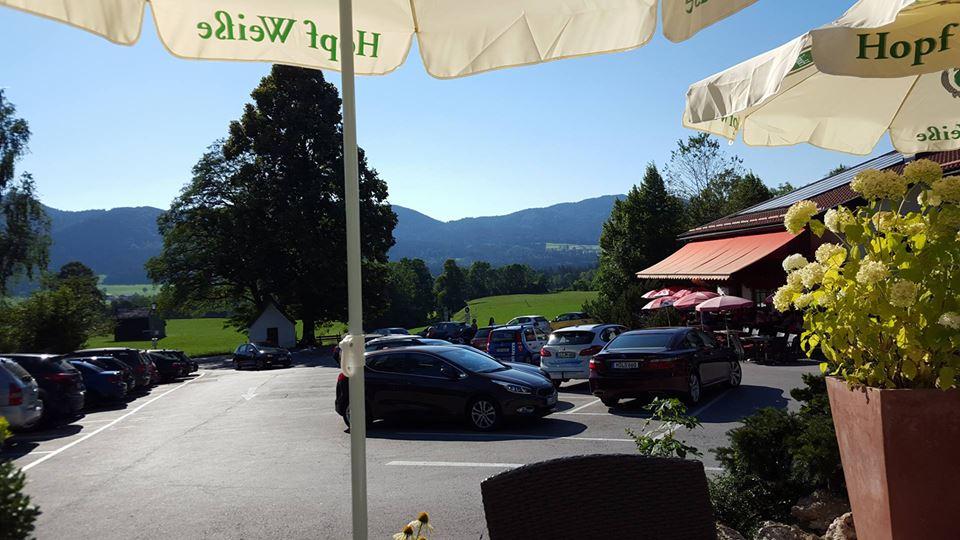 Name:  Winklstüberl Cafe   49923567_7779720959410775377_n.jpg Views: 2397 Size:  94.0 KB