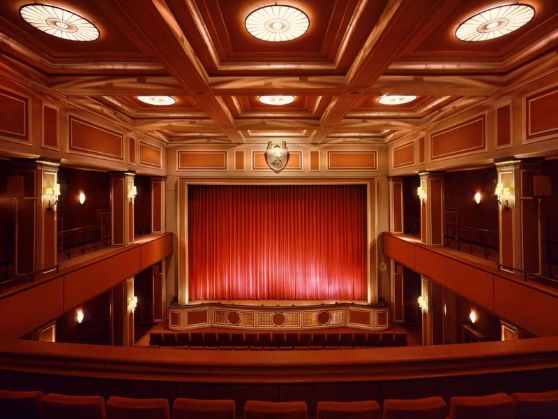 Name:  sendlinger-tor filmtheater-1.jpg Views: 2287 Size:  118.3 KB