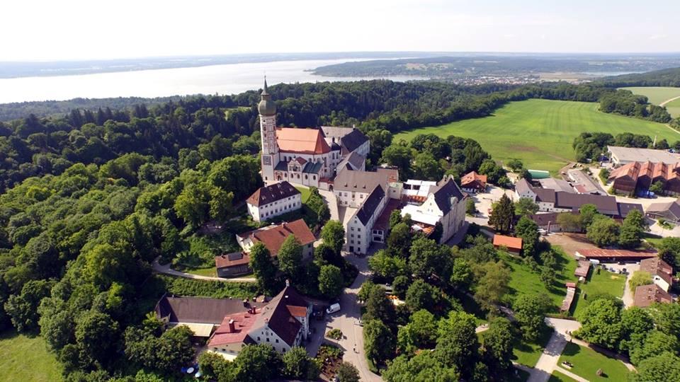 Name:  Kloster Andrechs11406952_10153334956172383_5282984285131791715_n.jpg Views: 2227 Size:  101.7 KB