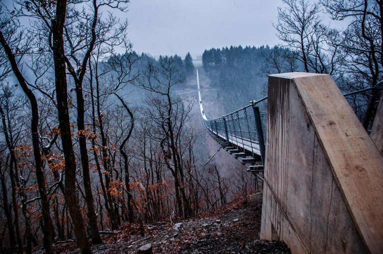 Name:  suspension bridge hängeseilbrücke geierlay  0407-Gemma-Geierlay-Germany's-Longest-Suspension-Bri.jpg Views: 3304 Size:  170.0 KB