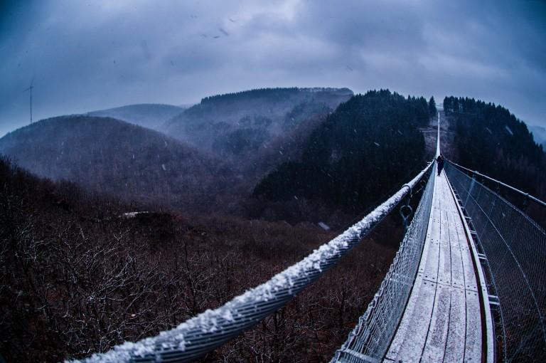 Name:  suspension bridge hängeseilbrücke geierlay  0414-Gemma-Geierlay-Germany's-Longest-Suspension-Bri.jpg Views: 3002 Size:  110.8 KB