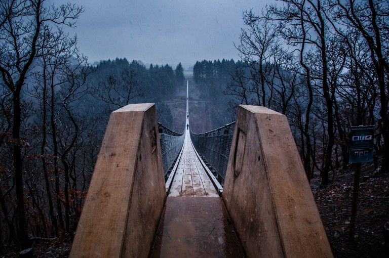 Name:  suspension bridge hängeseilbrücke geierlay  0406-Gemma-Geierlay-Germany's-Longest-Suspension-Bri.jpg Views: 4353 Size:  136.9 KB