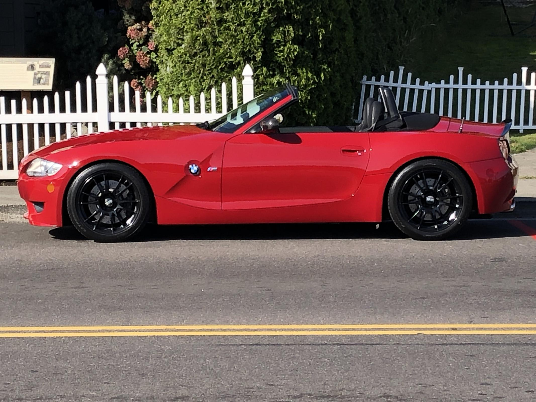 Name:  Red Roadster GH Waterfront Pic 1.jpg Views: 169 Size:  380.2 KB