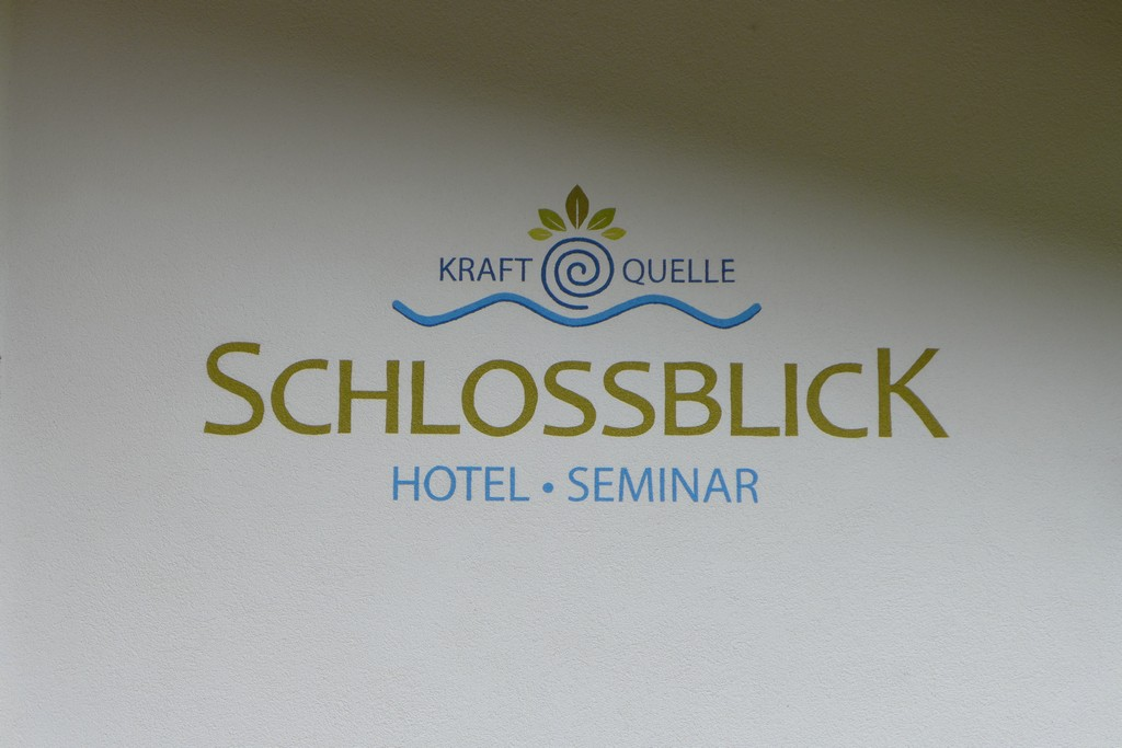Name:  schloss Blick Hotel Kufstein   P1000990.jpg Views: 6394 Size:  144.2 KB