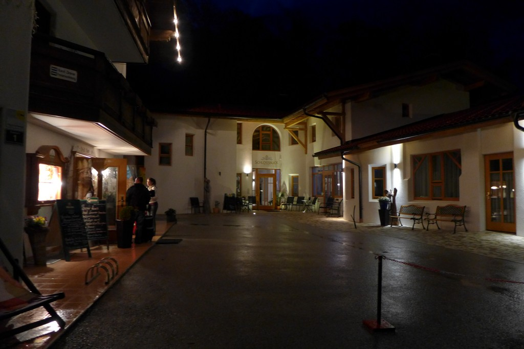 Name:  SchlossBlick Hotel near Kufstein, AustriaP1000934.jpg Views: 6378 Size:  140.4 KB