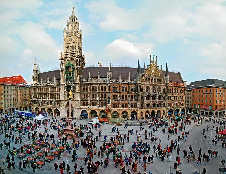 Name:  Marienplatz3279647691965_569965791_n.jpg Views: 4038 Size:  125.8 KB