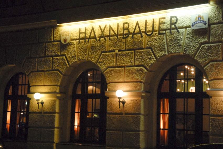 Name:  Haxnbauer im Scholastikahaus .jpg Views: 4091 Size:  412.3 KB